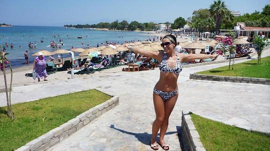 Letní dovolenou v Turecku už Eva trávila jako sebevědomá mladá žena.