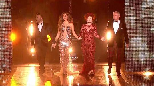Nicole s ostatními porotci britského X Factoru