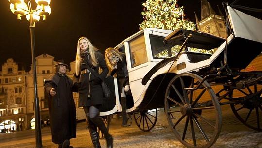 Točilo se loni na vánočně vyzdobeném Staroměstském náměstí.