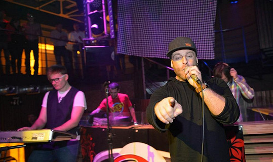V rámci akce vystoupila pop-rocková partička Eddie Stoilow.