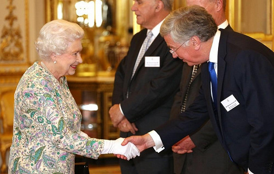 Královna během předávání podnikatelských ocenění Queen's Award for Enterprise