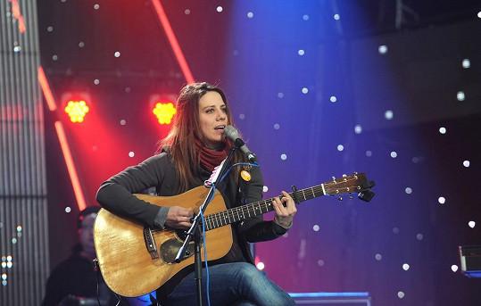 Zazpívá i Aneta Langerová.