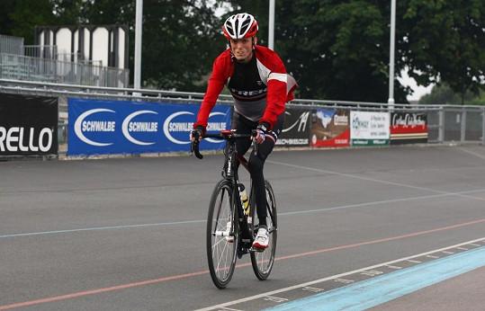 Mladý Brit má za sebou již řadu úspěchů v paracyklistice.