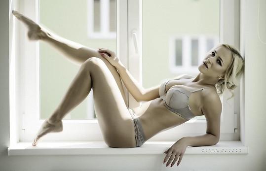 Fotilo se v brněnském bytě Nely, který si koupila za výhru v reality show Hotel Paradise.