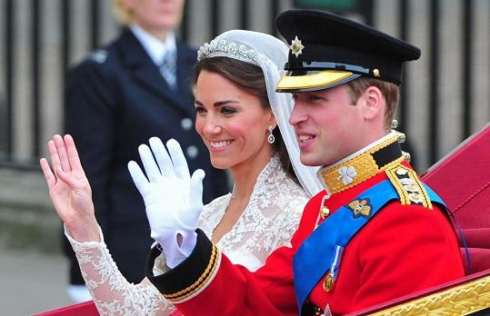 Královský pár během svatby v roce 2011