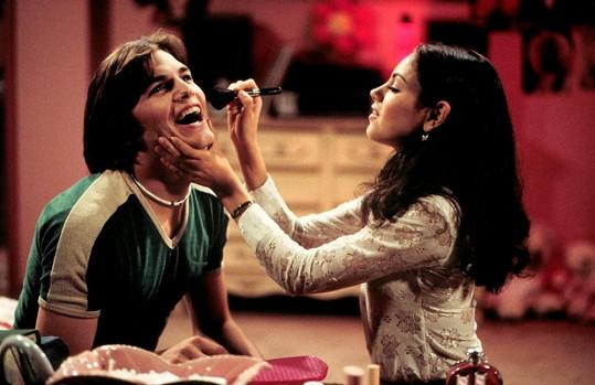 Současní partneři si společně zahráli v roce 1999 v seriálu Zlatá sedmdesátá.