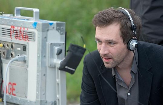 Během natáčení Ondřej Sokol plynule střídal roli herce s rolí režiséra.
