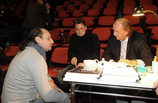 Zde je na konkurzu s producentem Františkem Janečkem.