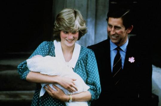 Lady Diana s malým Williamem v náručí