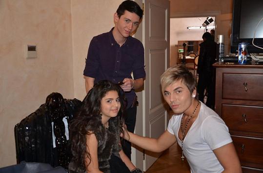 Dianka se stylistou Filipem Samem Dolce při natáčení klipu.