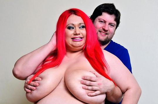Claire Smedley s přítelem.