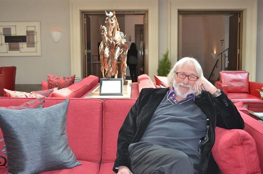 Pierre Richard si v Praze dopřával velký luxus.