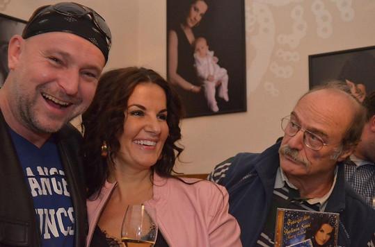 Sopranistka s kmotry Jakubem Ludvíkem a Pavlem Novým