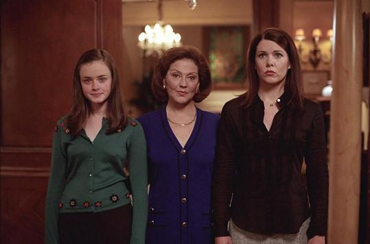 Alexis (vlevo) se seriálovou maminkou a babičkou.