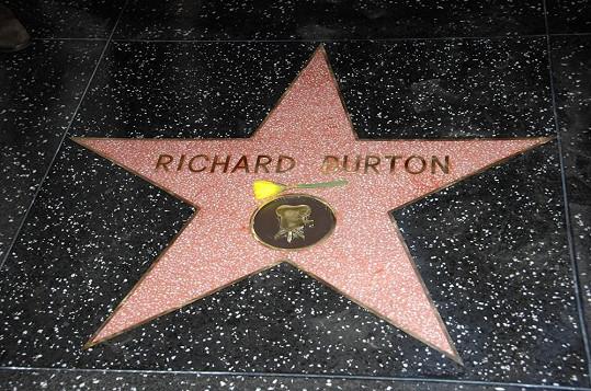 Slavný herec se dočkal své hvězdy až po smrti.