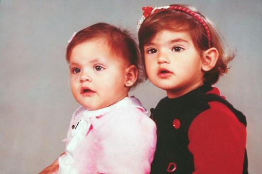 Alessandra nedávno sdílela na internetu tento roztomilý snímek s Aline.