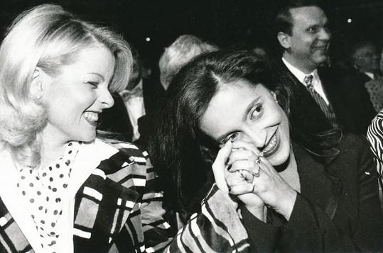 Iveta Bartošová a Lucie Bílá v devadesátých letech...