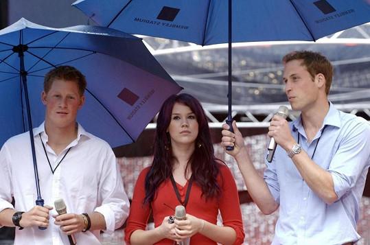 Joss Stone se s Harrym i Williamem setkala například na stadionu ve Wembley v roce 2007.
