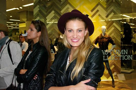 Během castingu bylo možné zahlédnout v publiku Kateřinu Průšovou.