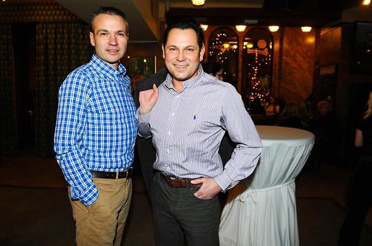 Janis Sidovský s partnerem Pavlem Vítkem.