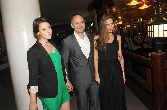 Andreu přišel podpořit manžel s dcerou Valentinou z předešlého manželství.