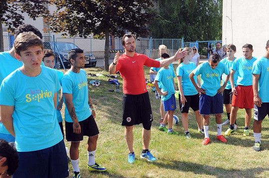 Během tréninku fotbalu