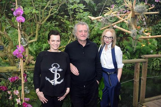 Jandová, Šípek a Plodková na procházce skleníkem Fata Morgana