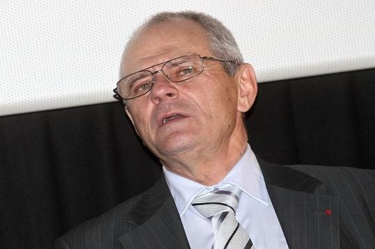 Milanu Kňažkovi se z Hrycových pamětí udajně zvedl kufr.