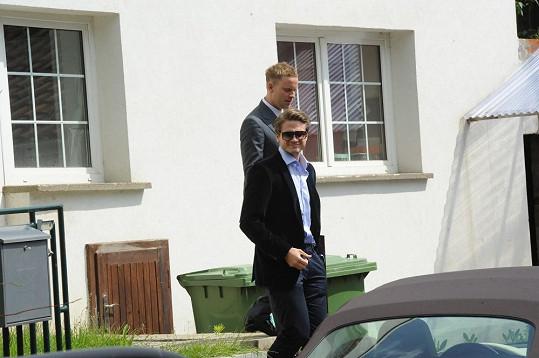 Ondřej Brzobohatý dojal svatebčany hrou na varhany.