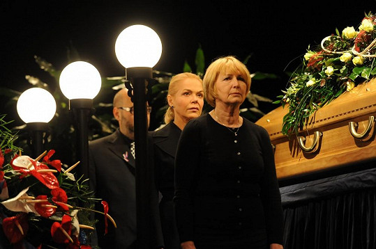 Čestnou stráž stála i Eliška Balzerová.