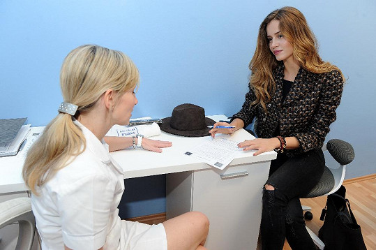 Během konzultace