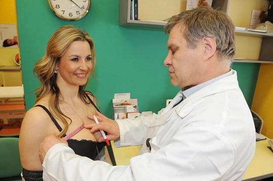 Vyšetření absolvovala u chirurga Petera Ondrejky.