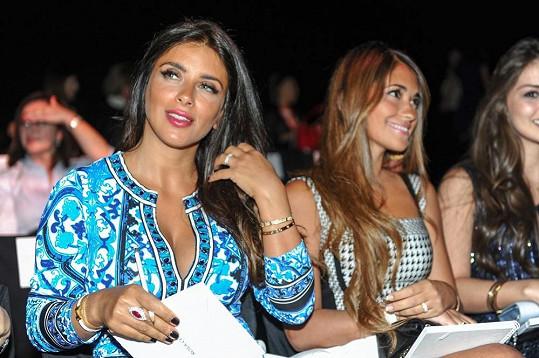 Gabriela Lenzi (vlevo) je přítelkyní brazilské hvězdy Neymara.