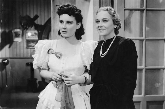 Lída Baarová se Zitou Kabátovou v českém filmu Artur a Leontýna (1940)