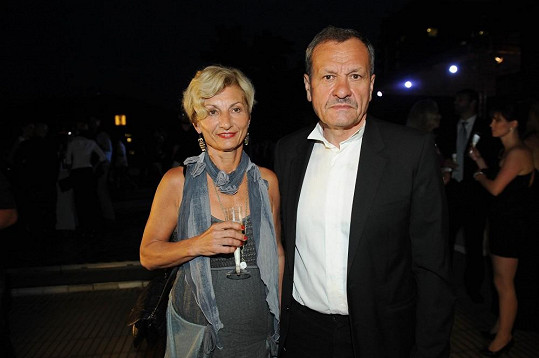 Miroslav Krobot s manželkou