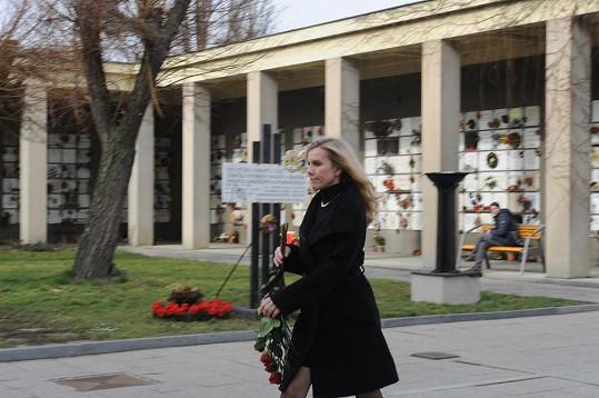 Leona Machálková neudržela slzy.