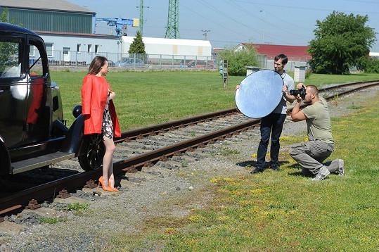 Všechny fotky budou mít něco společného s železnicí.