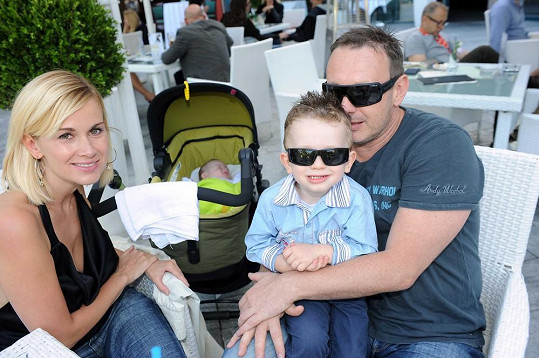 Michal Dvořák s manželkou Luccou a synem Michalem