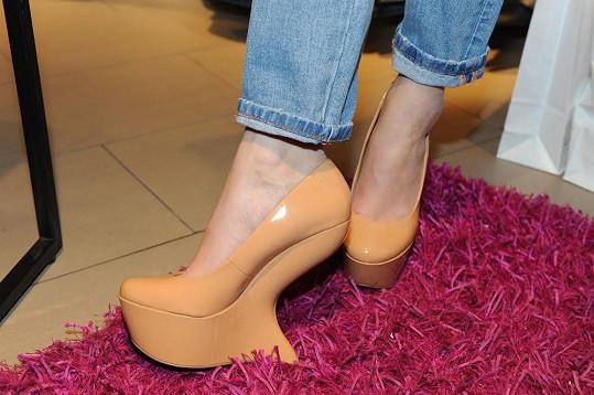 Hančiny nové boty.