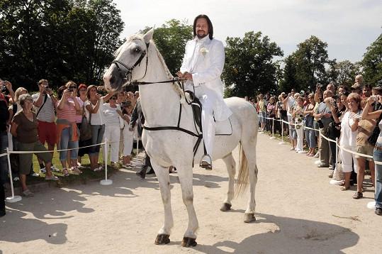 Jiří Pomeje přijel pro Ivetu jako princ na bílém koni.