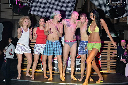 Modelka ocenila, že byla přehlídka pojata jako jedna velká párty.