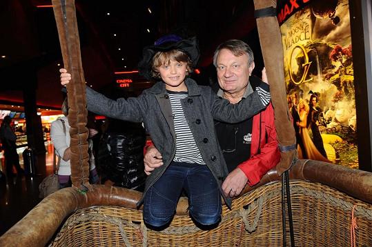 Daniel s tatínkem Jiřím Adamcem.