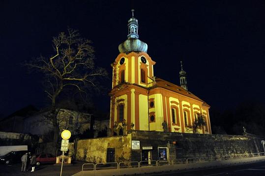 Kostel v Uhříněvsi, ve kterém má Iveta svůj poslední koncert sezóny.
