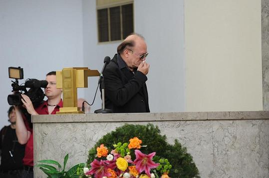 Petr Janda se na pohřbu kamaráda zhroutil.