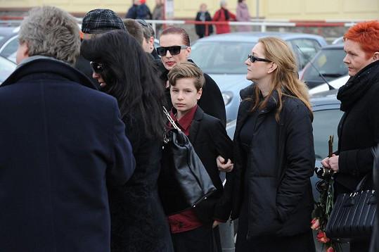 Marcela Karleszová se synem Oskarem