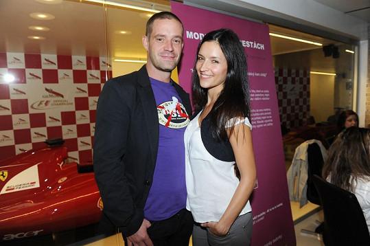 Nikola Zvěřinová a Petr Zvěřina byli také kmotry.