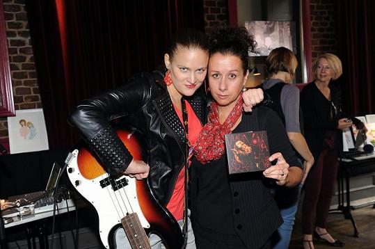 Vladivojna s Ester Kočičkovou na představení své nové desky Šraf