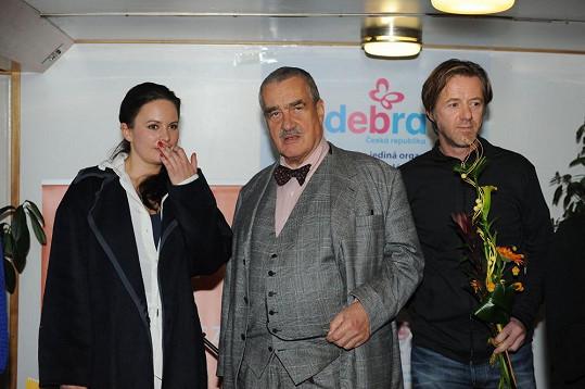 Byl kmotrem kalendáře nadace, jejíž tváří je Jitka Čvančarová.