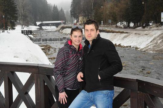Dominika Adamčiová s přítelem Tiborem ve Špindlerově Mlýně.