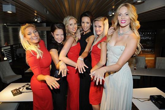 Krásky budou ve filmu Modelky s.r.o. ozdobeny diamantovými šperky v hodnotě stovek miliónů.